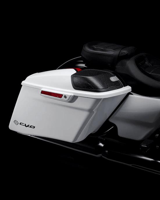 PINTURA Y ACABADOS DE ALTA CALIDADColores de pintura y diseños exclusivos con un nivel de calidad complejo que no tiene igual en las categorías de motocicletas y automóviles.