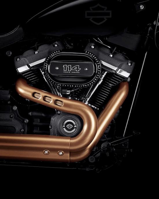 MOTOR MILWAUKEE-EIGHT™ BIG TWINUn motor potente y de marcha suave que ofrece una respuesta de aceleración definida y un sonido gratificante para el alma.