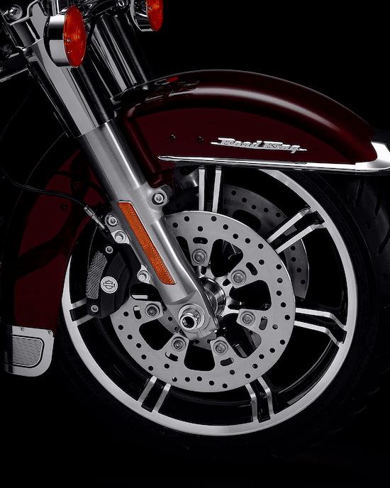 ALUMINIO FUNDIDO SLICER IILos rines delantero y trasero de 45 cms Slicer II que combinan en la parte trasera son impactantes y livianos.