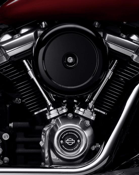 MOTOR MILWAUKEE-EIGHT™ 107Un motor V-Twin potente y de marcha suave con una respuesta de aceleración definida y un sonido que gratifica el alma.